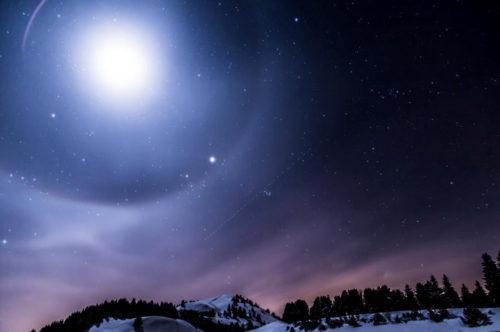 九紫火星と相性が良いのは?一覧表で他の九星との関係を徹底解説