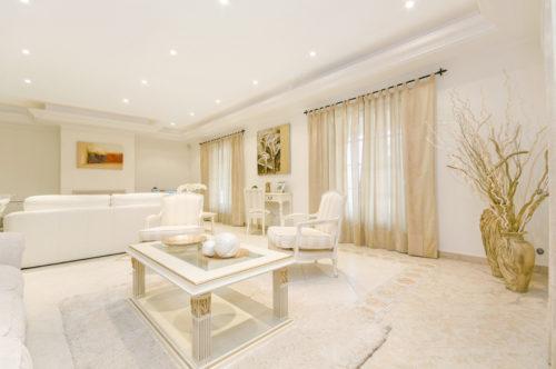 【お金持ちと掃除の深い関係】部屋を綺麗にすると金運アップは本当?
