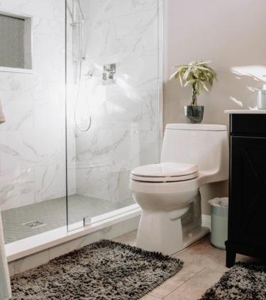 【風水の辞書】トイレのおすすめの色を方位別に徹底解説します